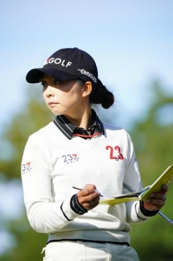 【菊地絵理香】この1枚の写真でキミはゴルフを始めたくなる、必ず