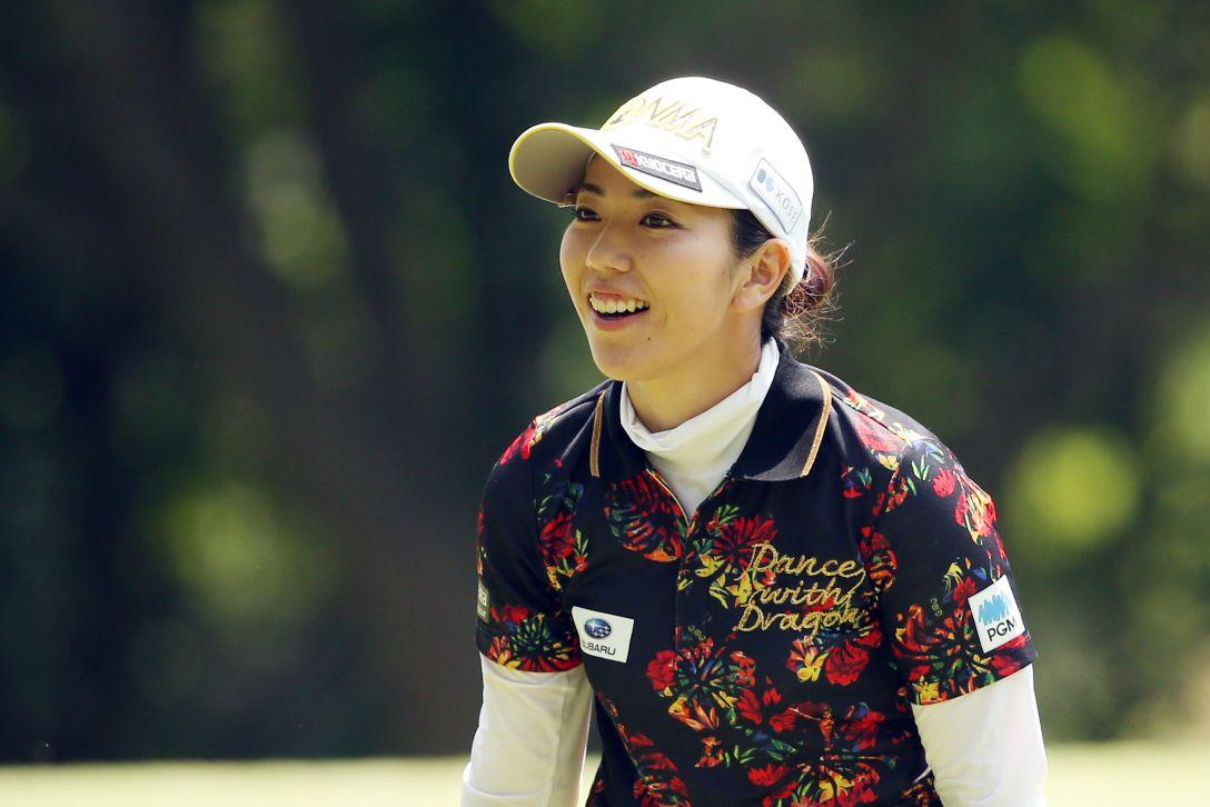 【笠りつ子】ゾクゾクするほどに美人なゴルファーのセクシーショット